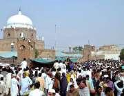 ملتان: حضرت بہاؤالدین زکریا کے779ویں عرس میں عقیدت مندوں کی بڑی تعداد ..