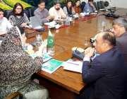 لاہور: وزیر صحت پنجاب ڈاکٹر یاسمین راشد عالمی ادارہ صحت کے وفد سے ملاقات ..