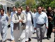 مظفر آباد: وزیراعظم آزاد کشمیر راجہ فاروق حیدر خان ریسکیو1122کو فراہم ..