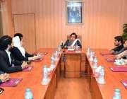 اسلام آباد: وفاقی وزیر برائے انسانی حقوق ڈاکٹر شیریں مزاری سے یوتھ ..