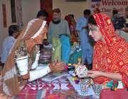 حیدر آباد: ریسرچ اینڈ ڈویلپمنٹ فاؤنڈیشن کے زیر اہتمام تھرکرافٹ میلہ ..