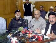 لاہور: وفاقی وزیر ریلوے شیخ رشید احمد ریلوے ہیڈ کوارٹرز میں پریس کانفرنس ..