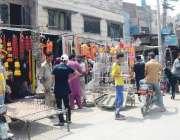 فیصل آباد: شہری عیدالاضحی کے موقع پر سنت ابراہیمی پر عمل کرنے کے لیے ..