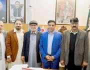 لاہور: وائس چیئر پرسن اوورسیز پاکستانیز کمیشن وسیم اختر کا سماجی تنظیم ..