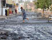 ملتان: لودھراں روڈ پر کھڑے سیوریج کے پانی کی وجہ سے شہریوں کو مشکلات ..
