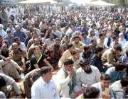اسلام آباد: یوٹیلٹی سٹور کے ملازمین تیسرے روز ڈی چوک میں اپنے مطالبات ..