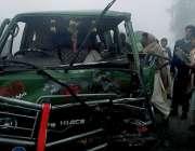 سرگودھا: میانوالی روڈ پر شدید دھند کے باعث ہائی ایس اور مسافر کوچ حادثے ..