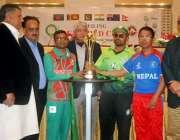 لاہور: پاکستان بنگلہ دیش اور نیپال کی ٹیموں کے کپتان بلائنڈ کرکٹ ورلڈ ..