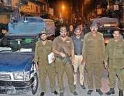راولپنڈی: محرم الحرام کے مرکزی جلوس میں پولیس اہلار الرٹ کھڑے ہیں۔