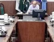 لاہور: کمشنر لاہور ڈویژن ڈاکٹر مجتبیٰ پراچہ ٹریفک سٹیرنگ سب کمیٹی کے ..