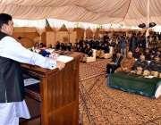 لاہور: وفاقی وزیر ریلوے شیخ رشید احمد ریلوے پولیس لائنز میں خطاب کر ..