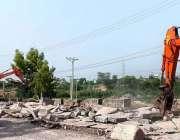 راولپنڈی: کھنہ پل ایکسپریس ہائی وے کے تعمیراتی کام میں ہیوی مشینری ..