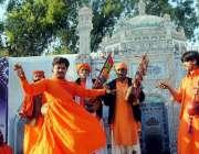 حیدر آباد: مقامی کلب میں ہونیوالے سندھ صوفی میلے کی افتتاحی تقریب میں ..
