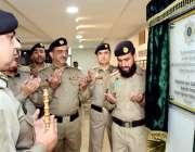 اسلام آباد: انسپکٹر جنرل نیشنل ہائی ویز اینڈ موٹرویز پولیس محمد عامر ..
