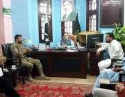 گلگت: سیکرٹری اطلاعات گلگت بلتستان فدا حسین سے کمانڈنگ آفیسر63سگنل ..