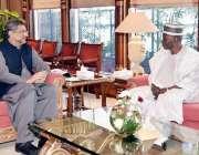 اسلام آباد: وزیراعظم شاہد خاقان عباسیس ے نائجیریا کے ہائی کمشنر میجر ..