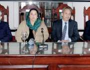لاہور: صوبائی وزیر صحت ڈاکٹر یاسمین راشد، سیکرٹری برائے وزیر اعلیٰ ..