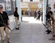 کوئٹہ:9ویں محرم الحرام کے جلوس کی نگرانی کے لیے میکانگی روڈ پر ناصر ..