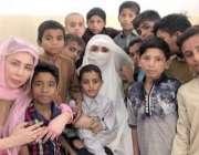 لاہور: وزیراعظم عمران خان کی اہلیہ بشریٰ عمران کا دارالشفقت کے دورے ..