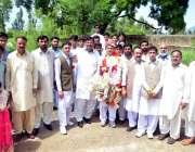 اٹک: پی ایس او کے آڈیٹر نثار محمد خان کے صاحبزادے محمد فاروق کی شادی ..