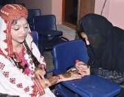 ملتان: ینگ پاکستانی آرگنائزیشن کے زیر ہتمام مختلف سکولوں کی طالبات ..
