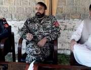 ہنگو: لیفٹیننٹ کرنل ظفر اور سینیٹر اورکزئی یخ کنڈاؤ متاثرین رجسٹریشن ..
