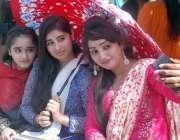 لاہور: گورنمنٹ ڈگری کالج برائے خواتین شالیمار ٹاؤن میں جشن بہاراں کے ..
