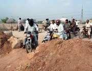 اسلام آباد: کھنہ پل انٹر چینج کے تعمیراتی کام کے باعث شہریوں کو گزرنے ..