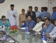 فیصل آباد: مرکزی ڈپٹی سیکرٹری جنرل میاں فرخ حبیب عوام کی شکایت پر اذالہ ..