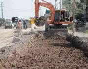 اسلام آباد: کھنہ پل سگنل فری ایکسپریس وے کے لنک روڈ کا تعمیراتی کام ..