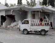 راولپنڈی: تجاوزات آپریشن میں کچہری روڈ پر نایا گیا پٹرول پمپ گرادیا ..