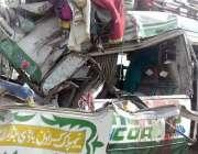 رحیم یار خان: اڈہ کوہاٹ سبزل تحصیل صادق آباد میں منی بس اور ٹریل کے ترمیان ..