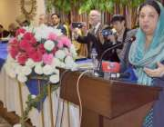 لاہور: صوبائی وزیر صحت ڈاکٹر یاسمین راشد بریسبیٹرین چرچ آف پاکستان ..
