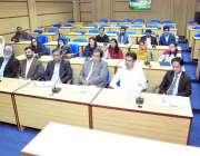 کراچی: سندھ مدرستہ الاسلام یونیورسٹی میں نئے آنے والے اساتذہ وائس چانسلر ..