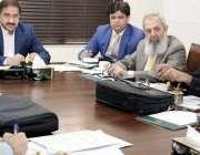 لاہور: مشیر وزیر اعلیٰ پنجاب برائے صحت حنیف خان پتافی ڈاکٹرز سکیورٹی ..
