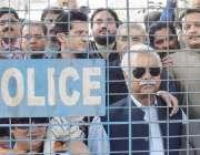 لاہور: قومی اسمبلی میں قائد حزب اختلاف محمد شہباز شریف کی احتساب عدالت ..