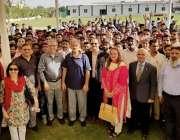 کراچی: پاکستان تحریک انصاف کی طرف سے کراچی میں درخت لگانے کی مہم کے ..