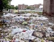 لاہور: مغلپورہ میں ویٹ مین روڈ پر گندگی کا ڈھیر متعلقہ انتظامیہ کی کارکردگی ..
