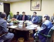 لاہور: قومی احتساب بیورو کے چیئرمین جسٹس(ر) جاوید اقبال نیب لاہور آفس ..