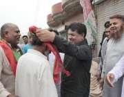 لاہور: تحریک انصاف حلقہ این اے127سے امیدوار جمشید اقبال چیمہ پی ٹی آئی ..