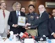 کراچی: کورنگی ایسوسی ایشن آف ٹریڈ اینڈ انڈسٹریز کی جانب سے آئی جی سندھ ..