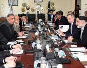اسلام آباد: وزیر اعظم کے مشیر برائے صنعت و تجارت عبدالرزاق داؤد سے آل ..