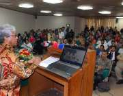 فیصل آباد: انڈونیشین سفیر آئیوان سیودھی امری ایگریکلچر یونیورسٹی میں ..