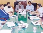 لاہور: وائس چیئرپرسن اووسیز پاکستانیز کمیشن سینیٹر شاہین خالد بٹ اور ..