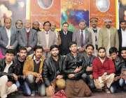 """راولپنڈی: آرٹس کونسل میں ڈاکٹر نذر عابد کی کتاب """"ساتواں رنگ"""" کی تعارفی .."""