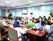 اسلام آباد: وفاقی وزیر صحت عامر محمود کیانی اعلیٰ سطحی اجلاس کی صدارت ..