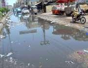 حیدر آباد: لطیف آباد کے علاقے میں سیوریج کا پانی انتظامیہ کی توجہ کا ..
