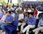 کراچی: کراچی پریس کلب میں کے یو جے(دستور) کے زیر اہتمام سیمینار بعنوان ..