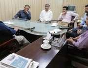 لاہور: ڈی جی وائلڈ لائف خالد عیاض خان ٹی ڈی سی پی کی سائٹ سیننگ بس کے ..