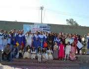 فیصل آباد: چائلڈ رائٹس موومنٹ کے زیر اہتمام بچوں کے عالمی دن کے موقع ..